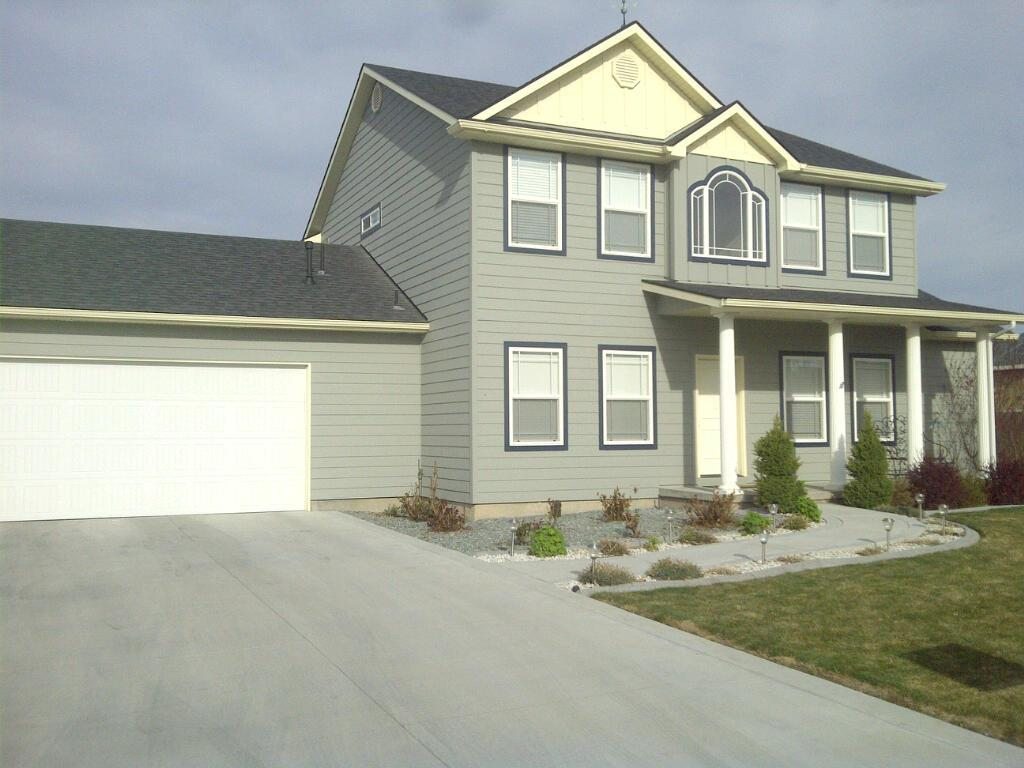 Project gallery siding pros of idaho for Cost of james hardie siding